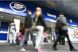 Natural Ways to Encourage Hair Growth – FAST Available in Boots Stores