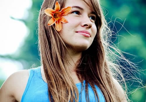 pretty-hair-with-flower